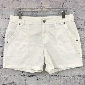 DKNY Midi Cargo Shorts 09170